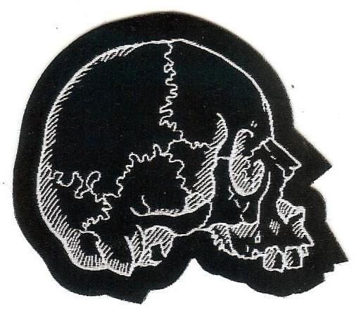 7cm cut out, jawless skull woven patch. Great for Halloween craft, patch jackets, bags and accessories.