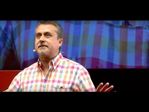 Los complices imprescindibles en la innovacion educativa | Alfredo Corell | TEDxValladolid - YouTube