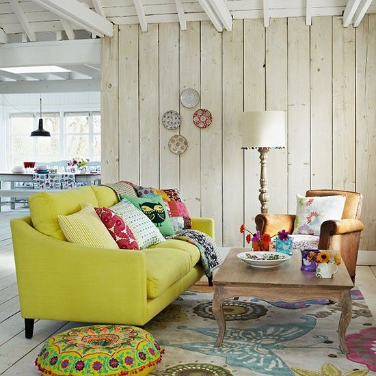 Country Living Room With Lemon Sofa