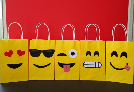 Make your own EMOJIS Party Favor Bags w/ this easy template!! Decorate your Birthday Party with these super cute Emojis Goodie bags! Visit my Etsy Shop to buy this Template ☺