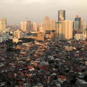 Jakarta is now home to rapidly increasing numbers of skyscrapers. Office building projects are now dominated by over thirty stories high. Having reached its peak momentum in 1997 and suddenly collapsed due to severe economic crisis, Jakarta is in the past two years on the faster track to expand its high-rise property market, and much taller.