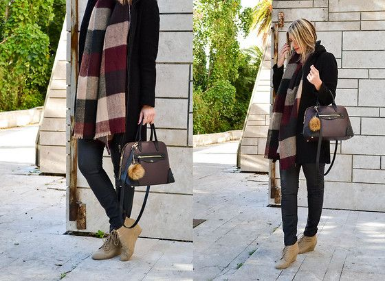 Get this look: http://lb.nu/look/7948752  More looks by Sabina B.: http://lb.nu/sabina_b  Items in this look:  Stradivarius Scarf, Zara City Bag   #casual #street #winter #style #stradivarius #scarf #zara #coat #bag