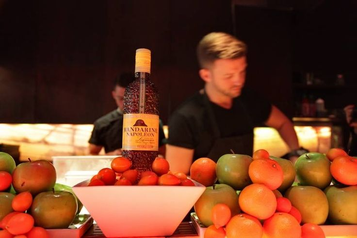 Simply Q : Mandarine Napoleon Cocktails Conquer Haven Gastro Lounge