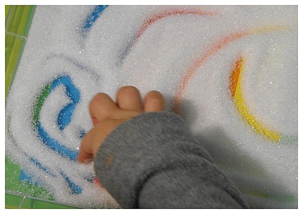 Le Blog - Dessiner dans le… - riz arc en ciel - arc en ciel… - Récréatelier - Assistante maternelle