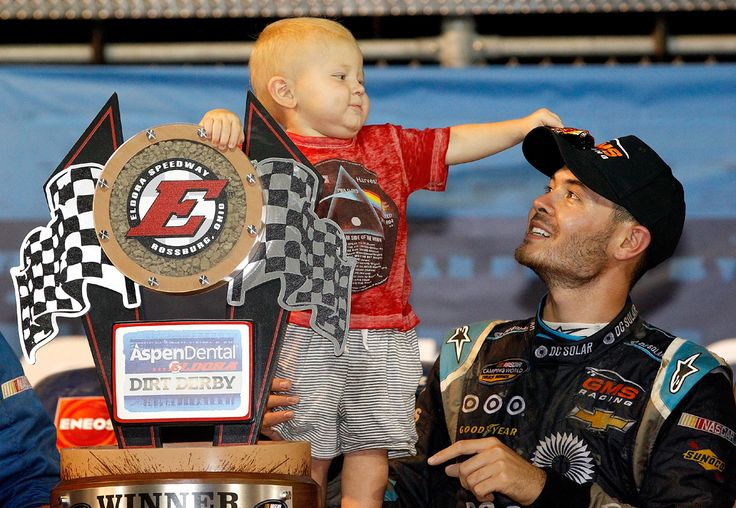 Kyle Larson's son stars in upcoming commercial