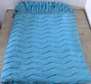 Antiquité Collection Ancien couvre-lit en chenille de coton L