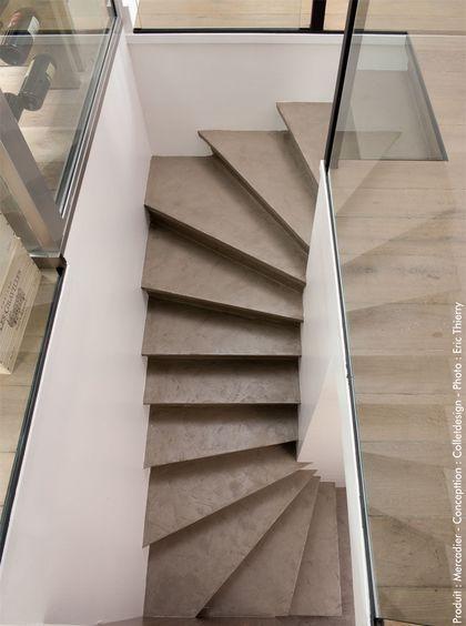 Un escalier en béton ciré séducteur