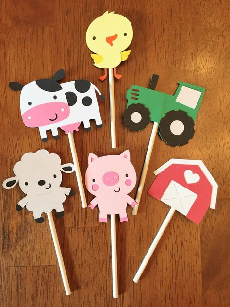 12 Barnyard Cupcake Picks, Farm Party, Barnyard Party, Farm Picks, Barnyard Birthday Party Decorations, So cute! by HappyPartyShoppe on Etsy