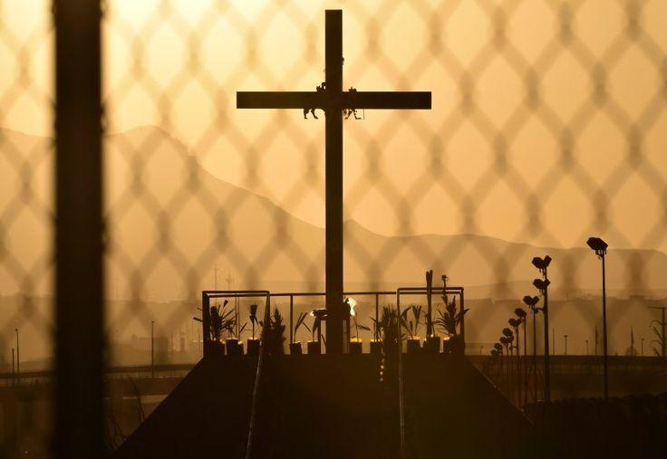 Papst in Mexiko: Franziskus reist insEpizentrum des Schmerzes - SPIEGEL ONLINE - Panorama