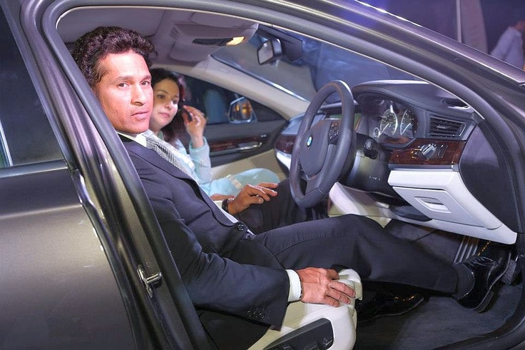 Lord Of Cricket Master Sachin Tendulkar On the Unveiled Facelift of New 2013 BMW-7-Series Luxury Saloon Car At Jodhpur in India