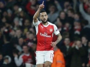 Result: Theo Walcott shines as Emirates stages goals galore in Arsenal win over Benfica