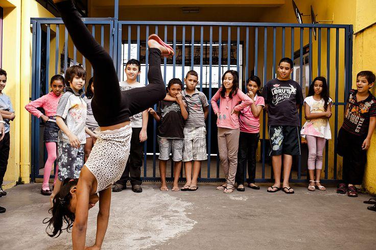 """Das Kinderhilfswerk Dritte Welt hilft mit dem Projekt """"Casa Mateus"""", dass in Mauá, einem Vorort von São Paulo, das Angebot von Musik-, und Sportkursen erhalten und erweitert wird."""