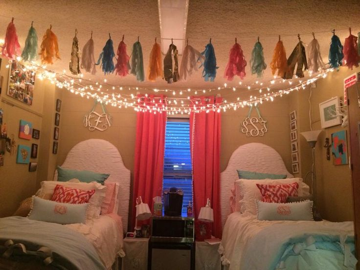 dorm room closet 349 best images about so college on pinterest dorm headboards