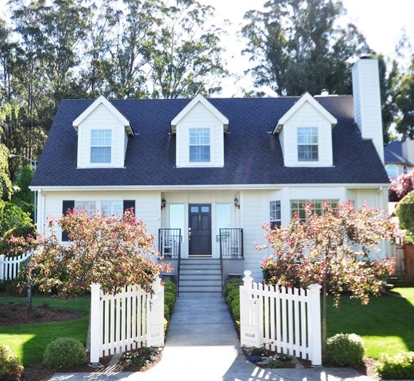 ten tips for buying a home picket fences front yards and so cute. Black Bedroom Furniture Sets. Home Design Ideas