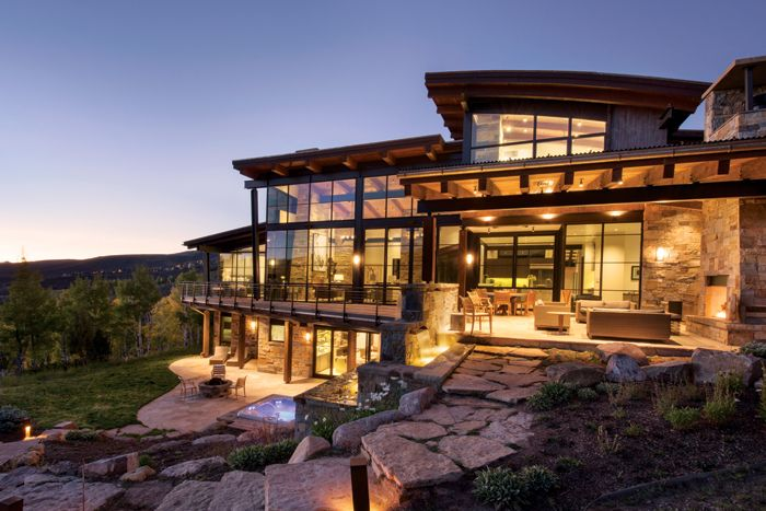 Best 25 mountain home decorating ideas on pinterest for Custom mountain homes