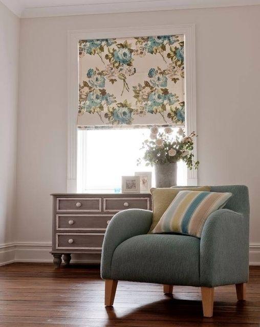 Римская #штора #ткань #Romana коллекция #Margherita @clarkeandclarke #clarkeandclarke #цветы #fabric #color #flowers