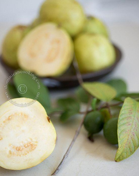 Pasta de guayaba (Guava paste candy)