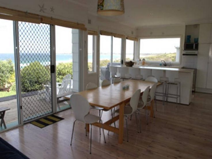 Jervis Bay Culburra Beach House Australia, Pacific Ocean and Australia Set in a prime location of Jervis Bay, Culburra Beach House puts everything the city has to offer just outside your doorstep. The hotel offers a high standard of service and amenities to suit the individual needs of all travelers. Take advantage of the hotel's BBQ facilities, laundry service, pets allowed, smoking area. Each guestroom is elegantly furnished and equipped with handy amenities. Entertain the h...
