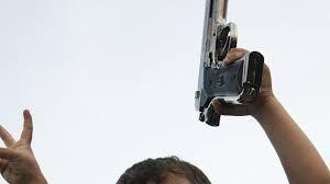 Giocare con la pistola??? Pessima idea!!!