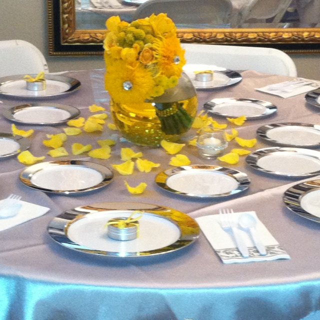Tables for 25th (With images) | 25th anniversary party ...