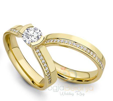 Cincin Pernikahan Kailasa menjadi koleksi cincin kawin kami berikutnya yang menyuguhkan desain mewah dan elegan. Dari bahan perak 925, perajin cincin perak Kotagede memberikan kemampuan terbaiknya sehingga hadir di hadapan anda cincin pasangan yang cantik ini. Lapis rhodium warna emas kuning berpadu anggun dengan tatanan batu zircon yang ditata apik. Performanya yang lengkap menjadikan cincin...  Read more »