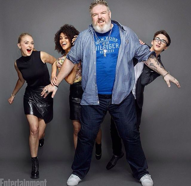 Game of Thrones: Sophie Turner, Nathalie Emmanuel, Kristian Nairn, and Isaac Hempstead Wright at San Diego Comic Con (SDCC) (photo via Entertainment Weekly)