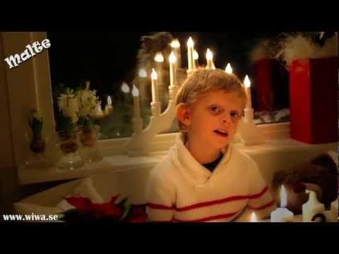 Luciasången för barn - Musikvideo där Malte 6 år sjunger Luciasången. En rolig musikvideo för hela familjen. Malte 6 year old from sweden is singing Lucia so...
