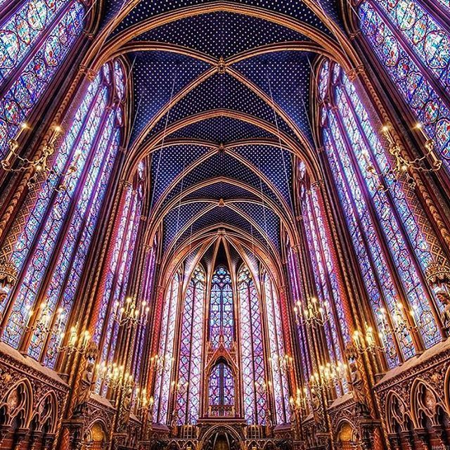 息をのむ美しさ!「ステンドグラス」が美しい世界の教会8選 | RETRIP[リトリップ]                                                                                                                                                                                 もっと見る