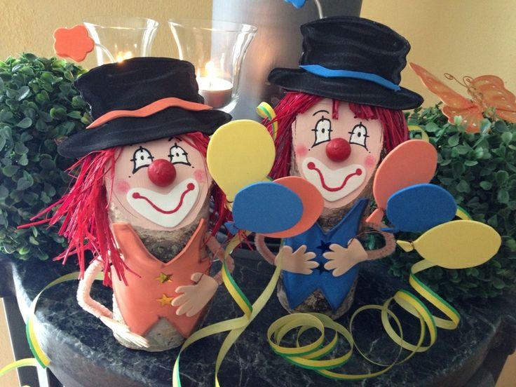 Die besten 25 clown basteln ideen auf pinterest karneval basteln fasching basteln kinder und - Fasching tischdeko ...