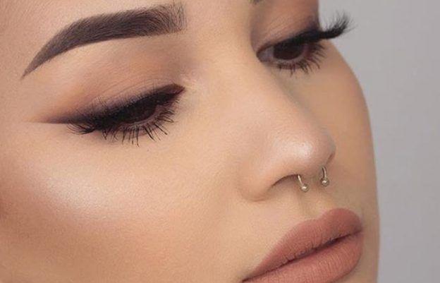 Eye Makeup For Brown Eyes 10 Stunning Tutorials And 6 Simple Tips Cat Eye Makeup Tutorial Smokey Cat Eye Cat Eye Makeup
