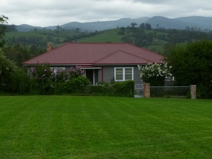 """""""Mansfield"""" Cottage Barrington Proudly """"Family Friendly' https://www.facebook.com/pages/MANSFIELD-COTTAGE-BARRINGTON-Barrington-Tops-Holiday-Accommodation/341811962165"""