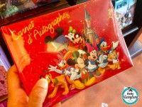 Le carnet d'autographe, must have pour les enfants à Disneyland Paris