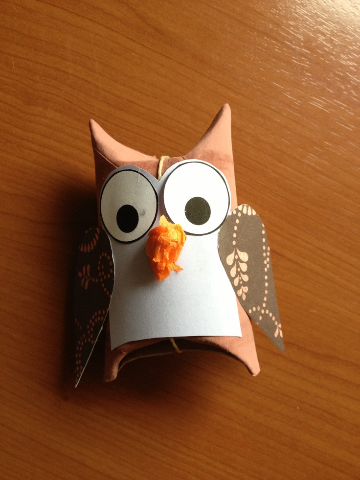 an owl (made out of a toiletrol) as package for sweets for the birthday of my daughter