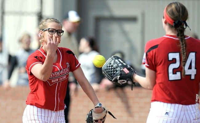 UL Softball Splits Pair In Day Two Of Ragin' Cajuns Invitational