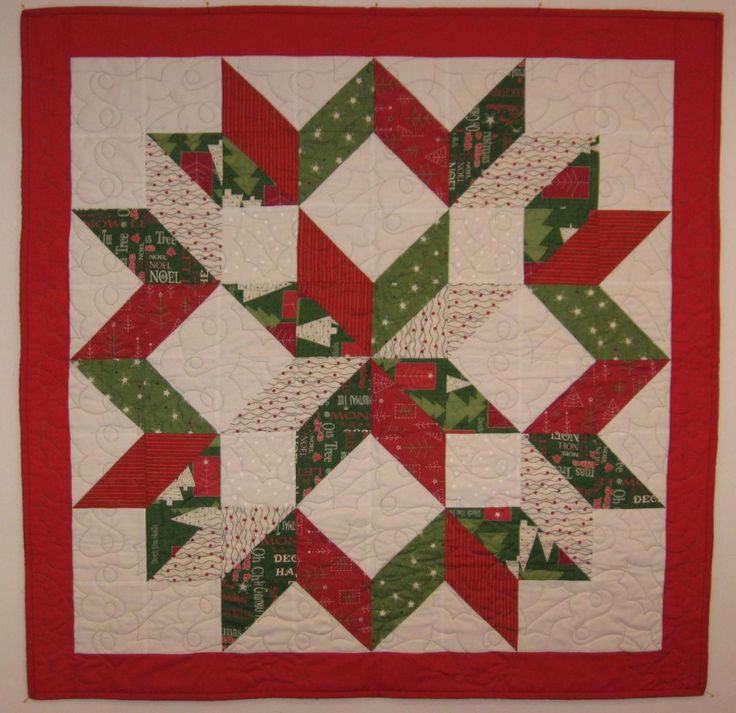 17 Best images about Christmas quilts on Pinterest Runners, Quilt and Bed quilts