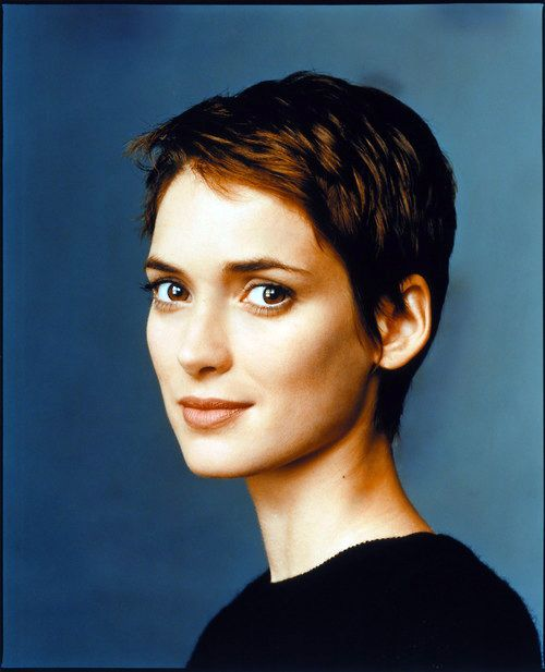 Must resist urge to cut my hair. Winona Ryder looks so perfect.