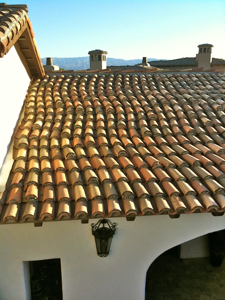 Serpentine confetti roof tiles mexican hacienda for Spanish style roof tiles