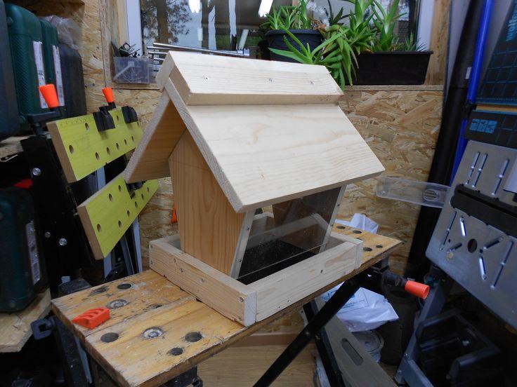 25 b sta vogelfutterhaus selber bauen id erna p pinterest selber machen vogelfutter. Black Bedroom Furniture Sets. Home Design Ideas