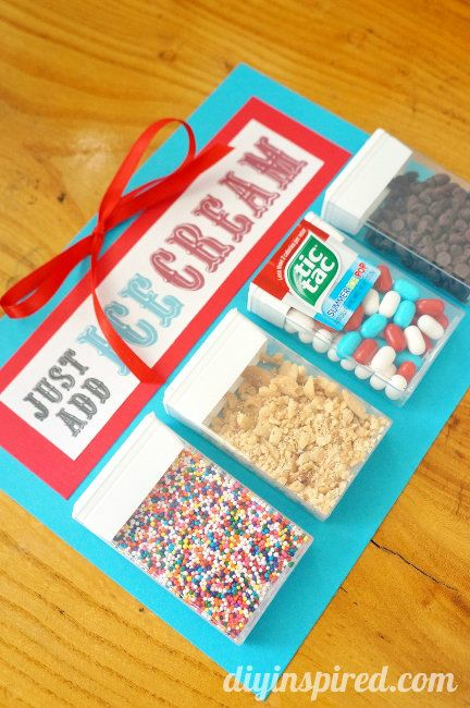 Just Add Ice Cream! Repurposed Tic Tac Containers - a fun hostess gift for summer parties and BBQ's #freeprintable #tictacpacks #ad