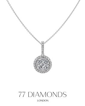 Sparkle with our necklaces #diamonds #christmasiscoming #necklace