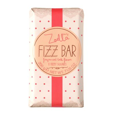 Zoella Beauty Fizz Bar Fragranced Bath Fizzer 200g can we take baths in our tub? It seems a bit.. Icky BUT I WANT TO