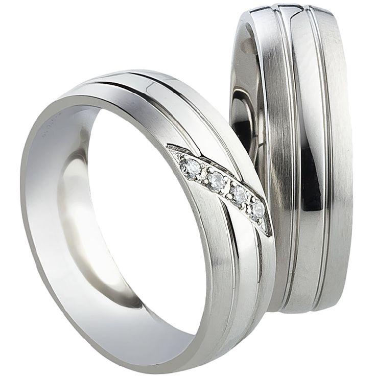 Snubní prsteny T1766  Snubní prsteny vyrobeny z chirurgické oceli v kombinaci lesk - mat. Dámská varianta je doplněna zirkony.  #aiola #wedding #rings #engagement #svatba #snubni #prsteny #chirurgicka #ocel