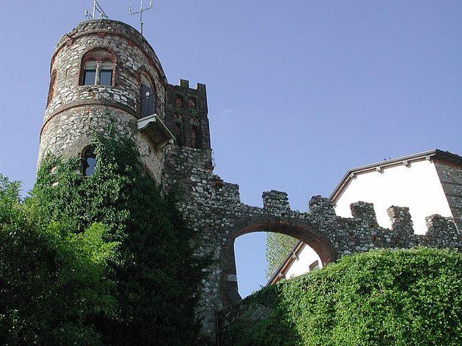 замок в дезенцано