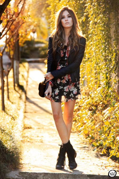 Dark floral + plaid  FashionCoolture