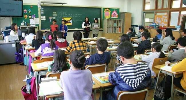 Sostegno alle famiglie: Montecrestese raddoppia gli aiuti economici per studenti meritevoli - Ossola24