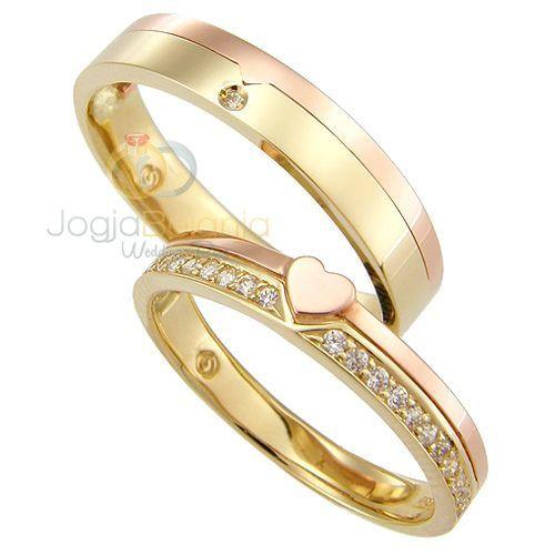 Cincindepok.com menjual berbagai cincin emas,cincin kawin dan cincin pernikahan dengan berbagai bahan serta desain terkini. membuatkan perhiasan yang anda butuhkan dari mulai memilih design sampai dengan pembuatan, macam macam perhiasan seperti : 1. cincin kawin 2. liontin 3. kalung 4. gelang 5. bros 6. anting 7. giwang dan semuanya dengan model yang anda inginkan Informasi Umum masa pembuatan mulai dari 1 minggu sampai 2 minggu tergantung tingkat kesulitan kerja call 081317973662 pin bb…