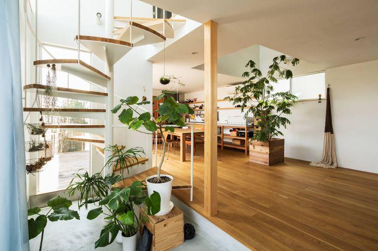 藤森大作建築設計事務所 の モダンな 廊下&階段 長尾元町の家