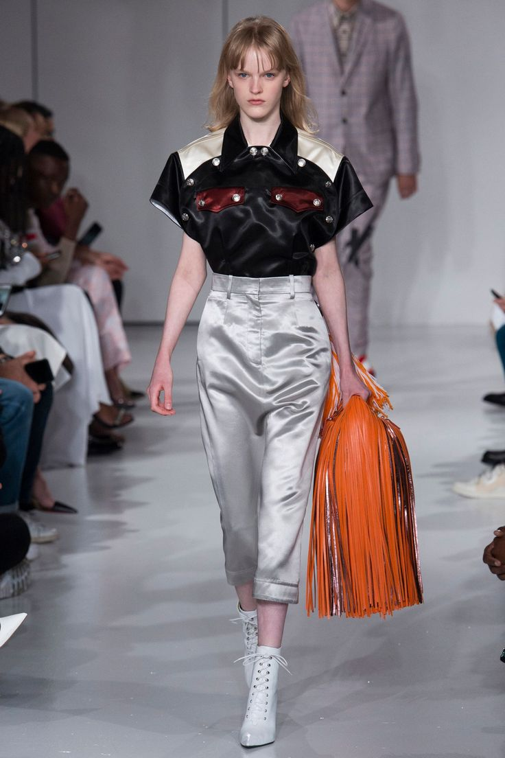 Calvin Klein 205W39NYC Spring/Summer 2018 Ready-To-Wear Collection