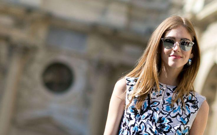 Fashion Week Paris - 20 Streetstyles, die Lust auf Frühling machen: Wir zeigen die schönsten Modewochen-Streetstyles aus der Stadt der Liebe.