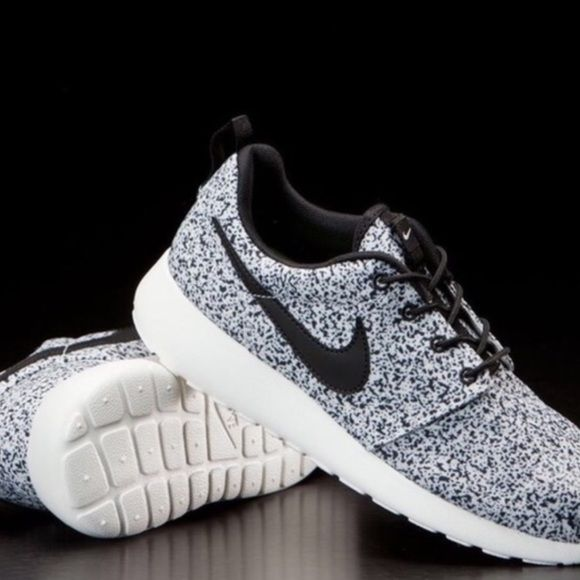 Creame Nike Roshe Oreo Nike Roshe cream Oreo. Woman's size 7. Authentic. No box,brand new,never worn. For more pictures email me (in bio). NO TRADES/NO HOLDS, don't ask. To negotiate a price, use the offer button. I won't respond to price comments.   ••please keep in mind these retailed over $200 but they're now sold out and rare. If you're going to give me a lowball offer, don't waste your time. If you don't like my price, shop somewhere else because nasty comments will just get blocked and…